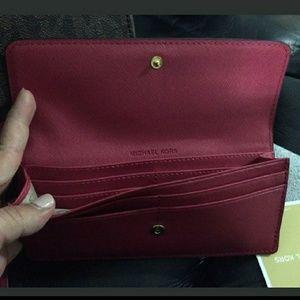 0e443917e1e69 Michael Kors Bags - New  460 set wallet+bag michael kors 2018 AUTHENTI